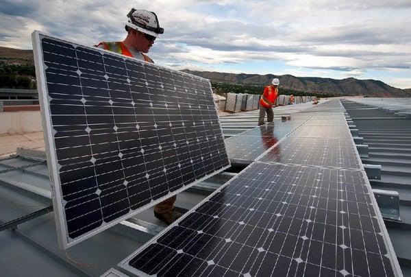 solar-panels-1794467_1280